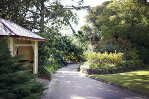 A Tour of Burnley Gardens